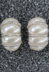 Jewelry VCExcluisives: Pearl Bundles w/Thin Silver Ropes