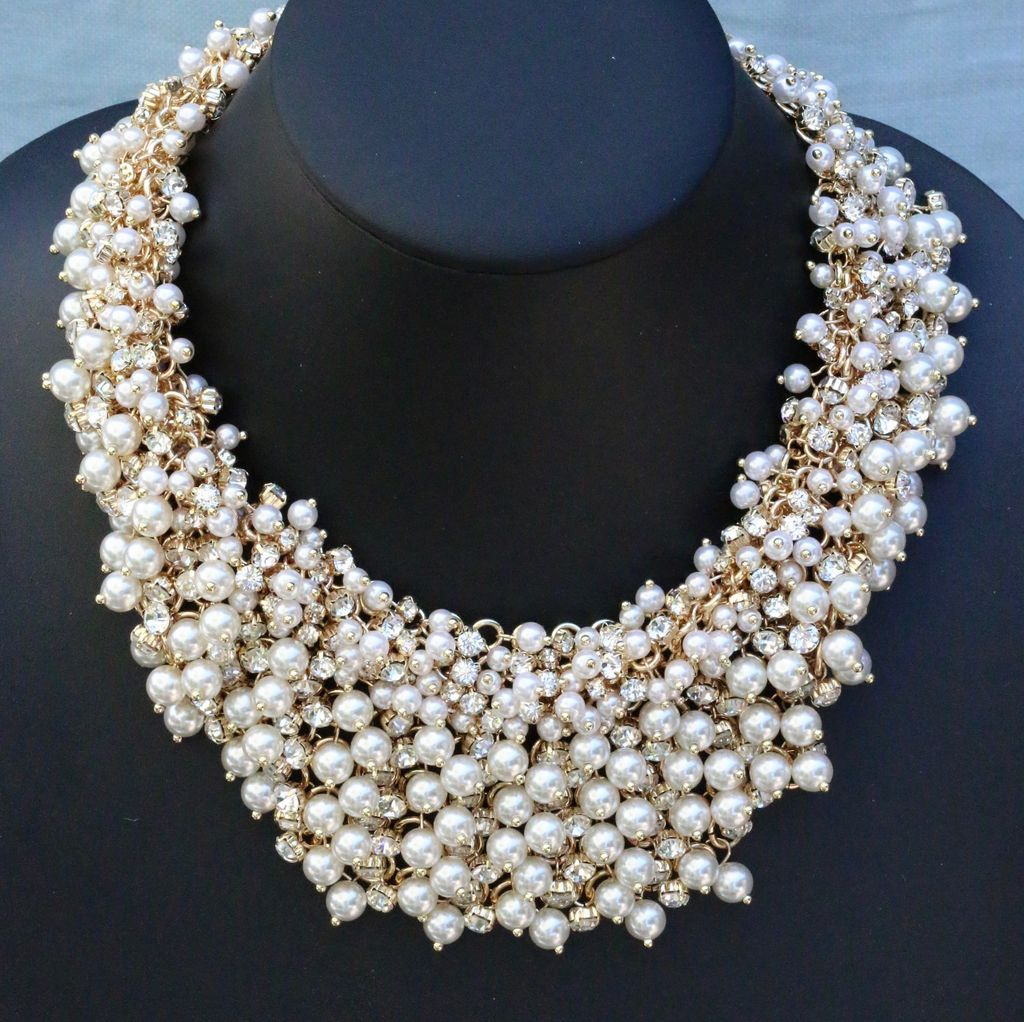 Jewelry VCExclusives: Pearl Cluster