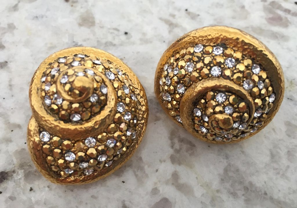 Jewelry Barrera: Shell in Gold And Crystal