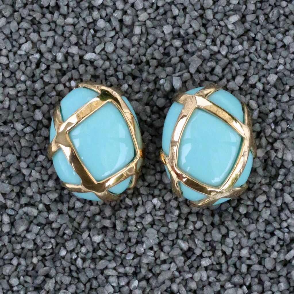 Jewelry VCExclusives: Oval Turquise with Gold