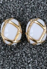 Jewelry VCExclusives: Oval White with Gold