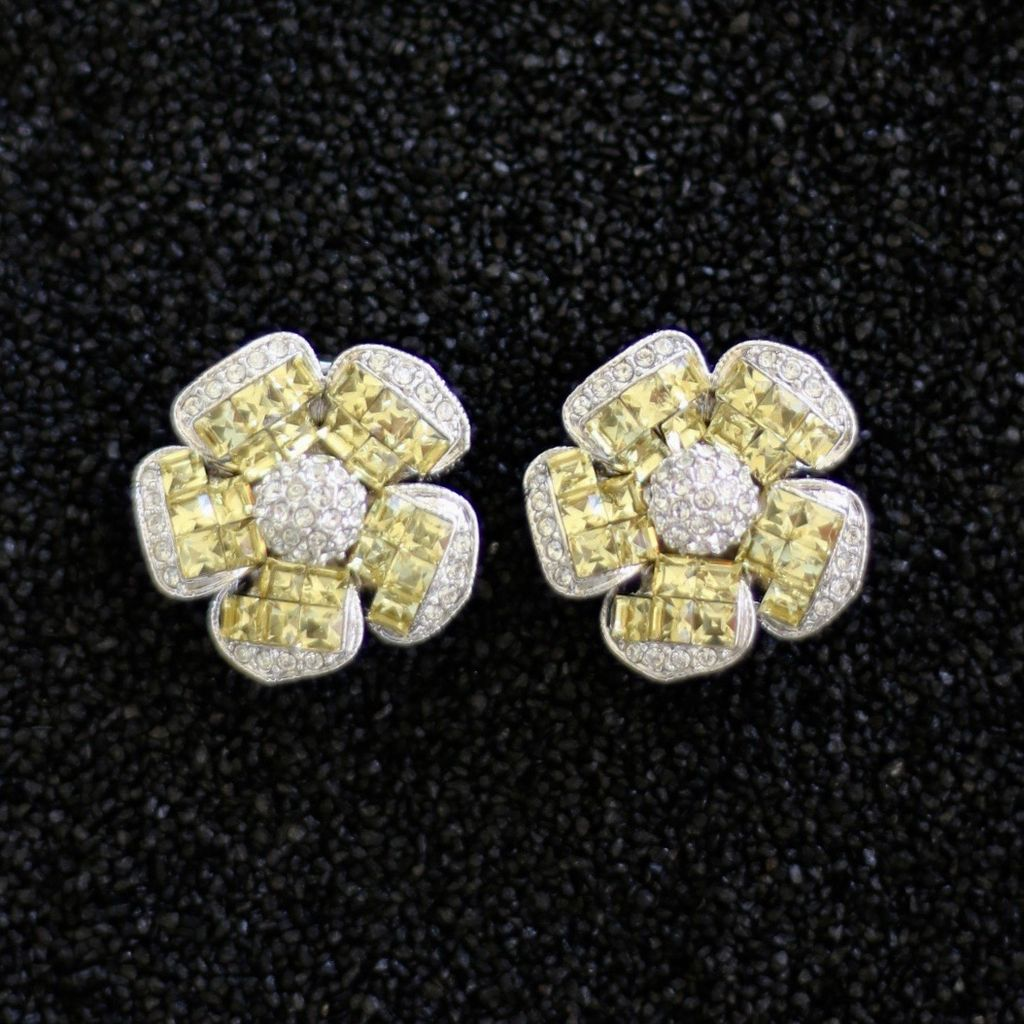 Jewelry Jardin: Clear & Yellow Crystal Flower Med