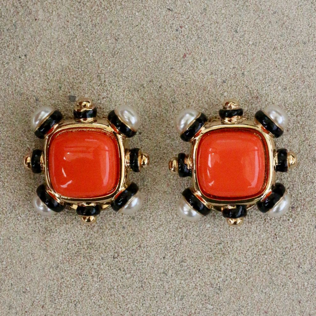 jewelry VCExclusives: Four Corners Pearl with Orange