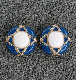 Jewelry VCExclusives: Fancy Button Blue with Pearl Center
