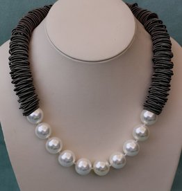Jewelry VCExclusives: Caterpillar Gray w/Pearls