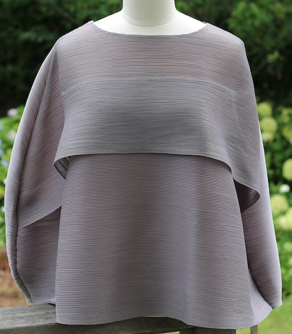 Clothing VCExclusives: Must Have For Travel Clothing in Grey