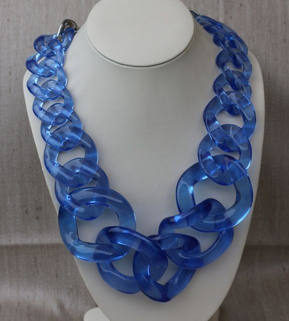 Jewelry VCExclusives:  Large Links Blue
