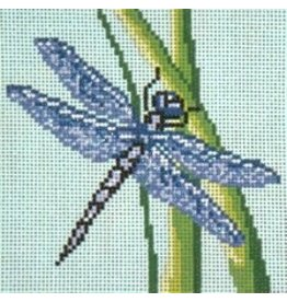 Needle Crossing Dragon Fly<br />