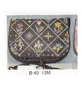 Sophia Designs Small horizontal purse <br />