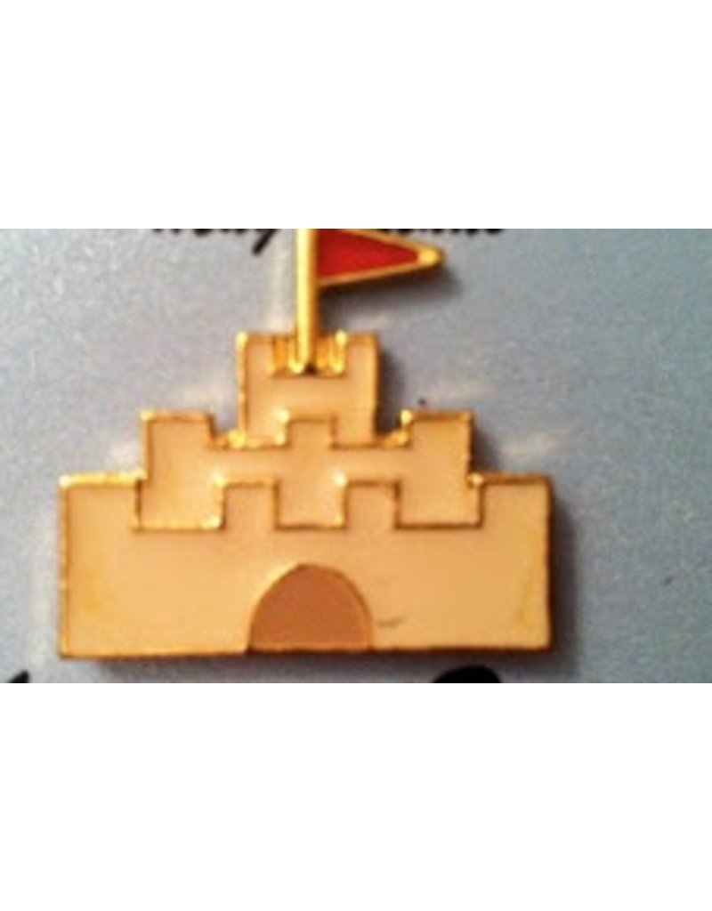 Accoutrement Designs Sand Castle magnet