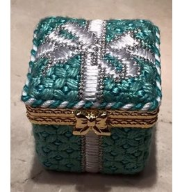 Julia Tiffany Gift Box<br />