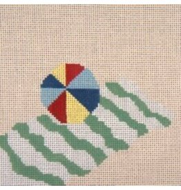 Needle Crossing Beach, towel &amp; ball<br />