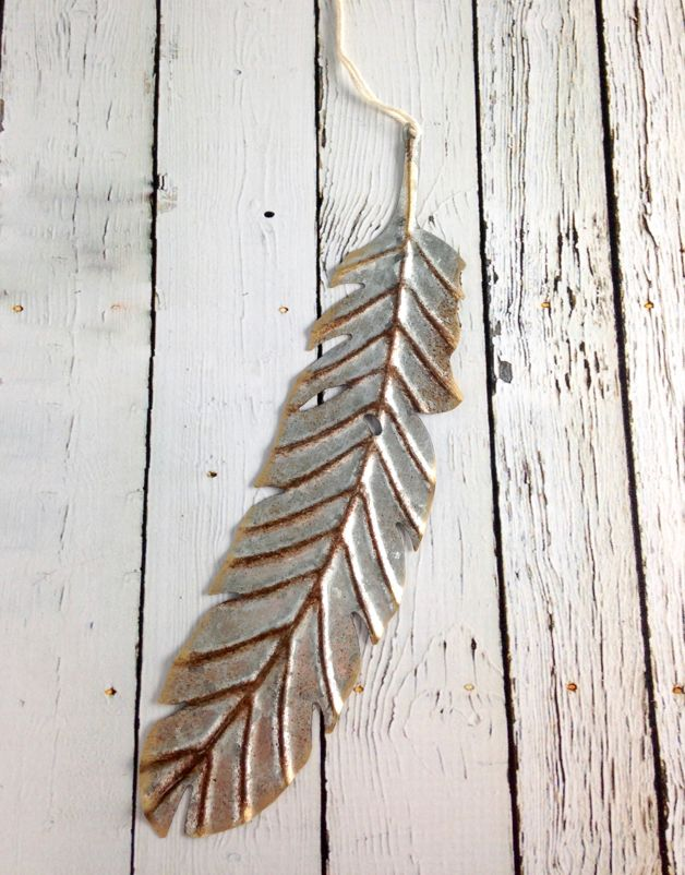 """10-1/4""""H Metal Feather Ornament"""