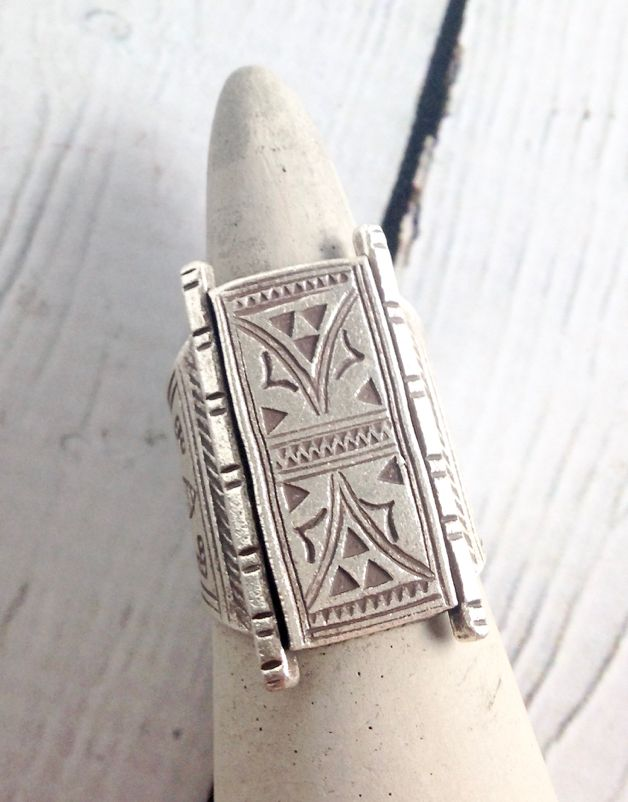 Hill Tribe Temple Door Stamped Silver Ring, Size 9