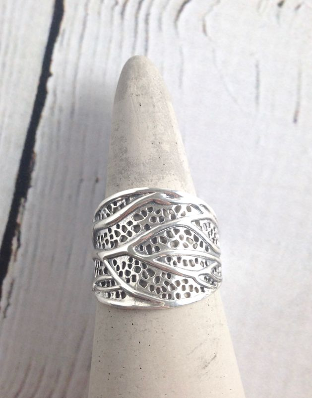 Sterling Silver Leaf Structure Ring, size 8