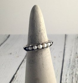 Mashka Oxidized Sterling Silver Pod Ring with fresh water pearls, size 9
