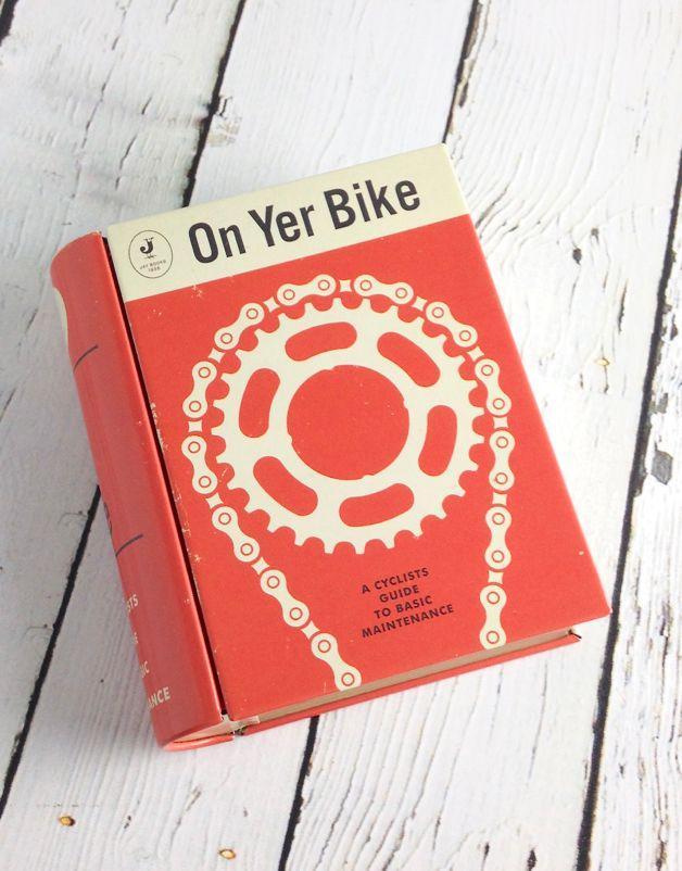 Magpie On Yer Bike Pocket Folio