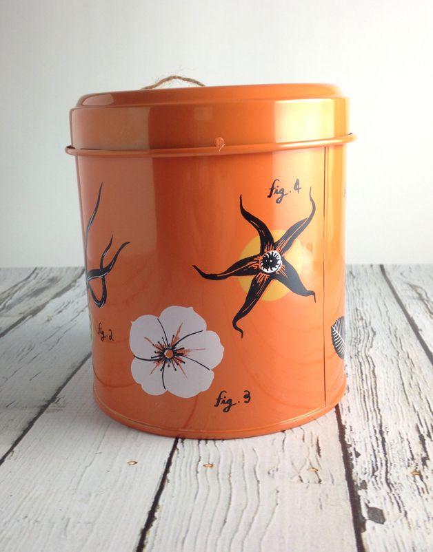 Rosehip Flora String Tin