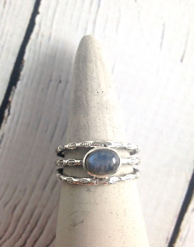 Sterling Silver Oval Cabochan Labradorite, stamped multi band Ring, Size 7