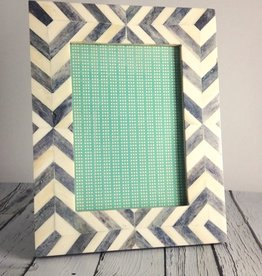 Large Moroccan Grey Frame