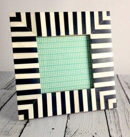 Medium Black & White Striped Frame