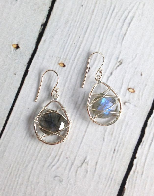 Sterling Silver Wire and Labradorite stone Earrings - Silver in the City