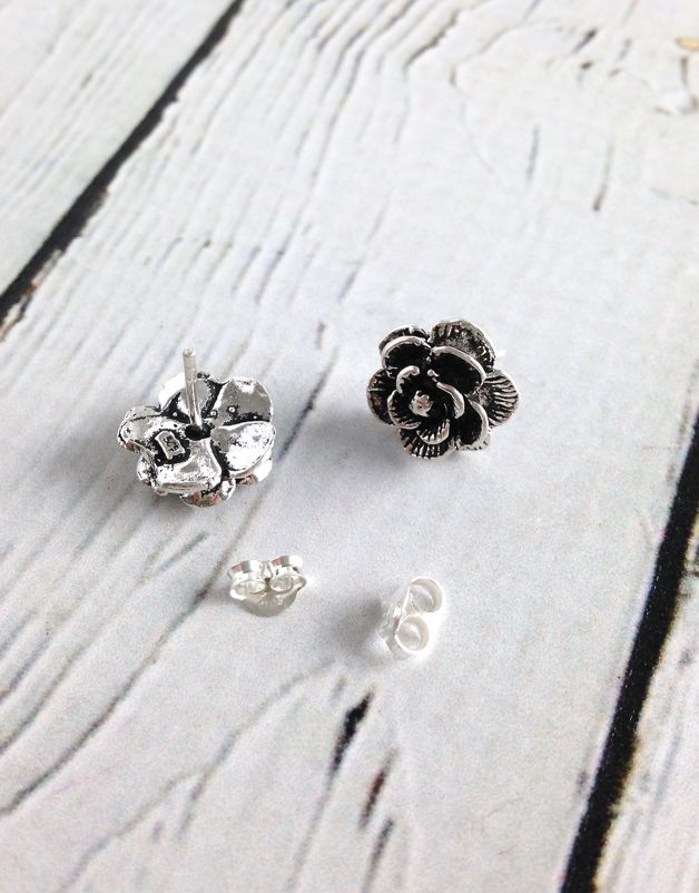 Sterling Silver Oxidzied Flower Stud
