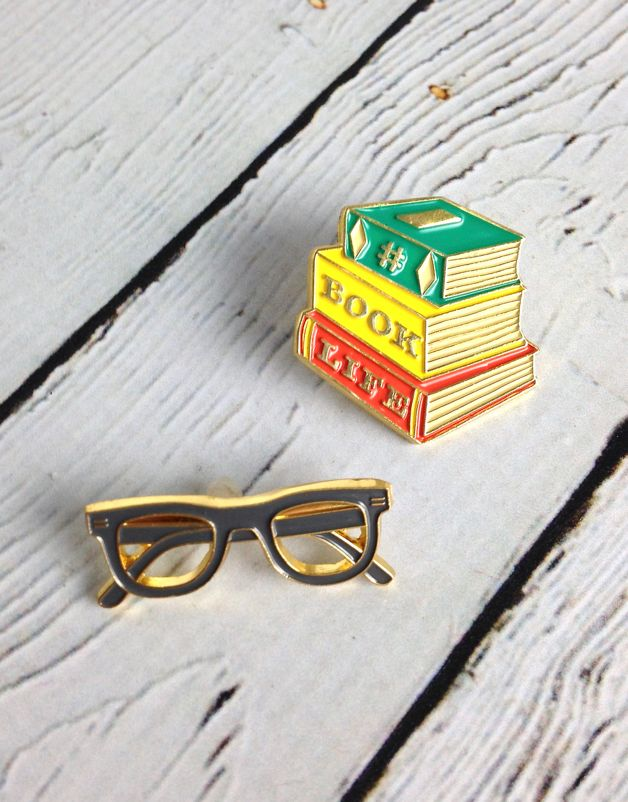 Book Buds Twin Pins
