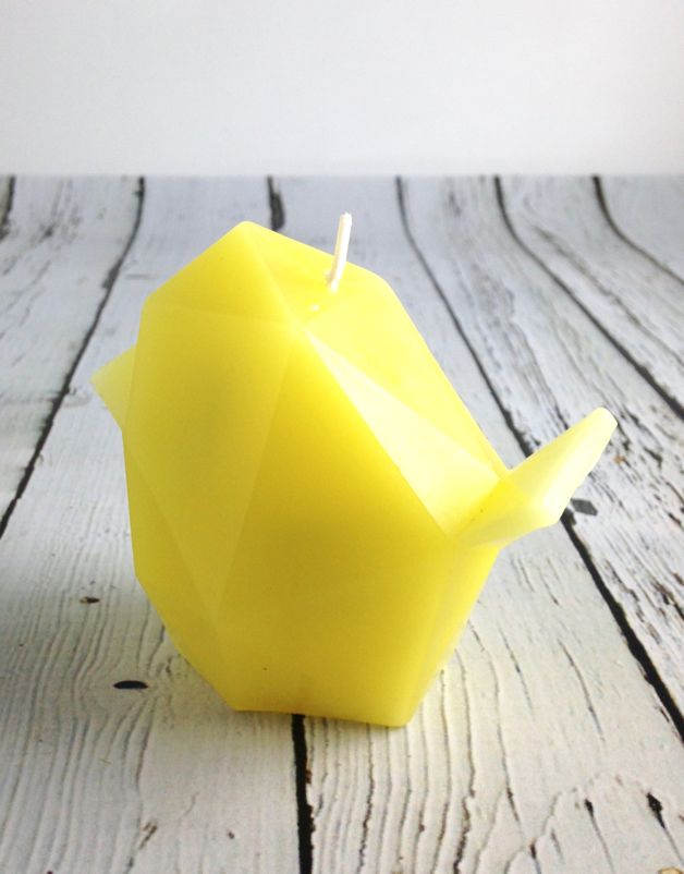 Yellow Bibi Pyro Pet Candle