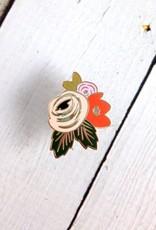 Rosa Enamel Pin