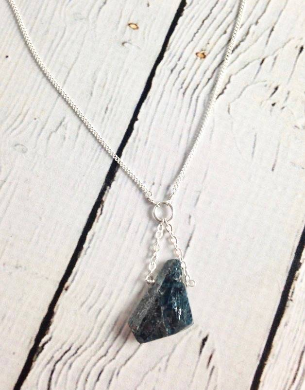 Sterling Silver Penny Weight Kyanite Necklace