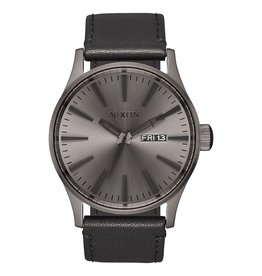 NIxon Nixon, Sentury Leather Watch