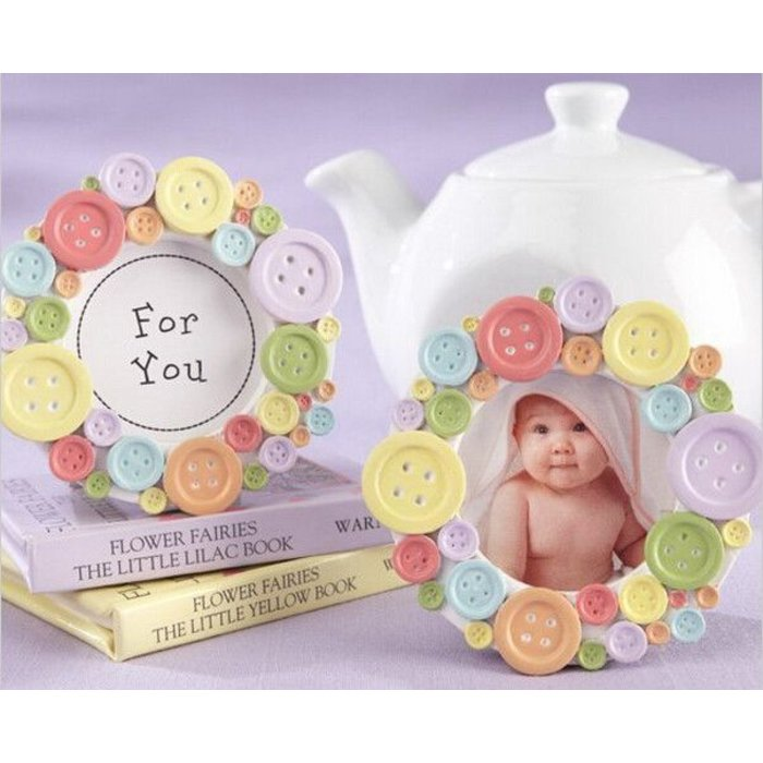 BUTTON BABY FRAME