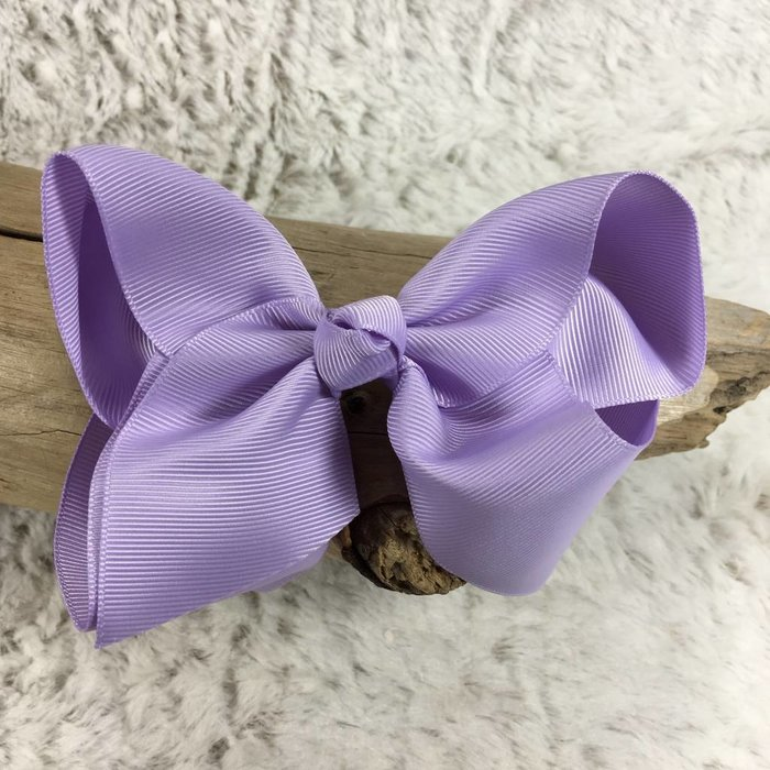 Medium Light Purple Bow