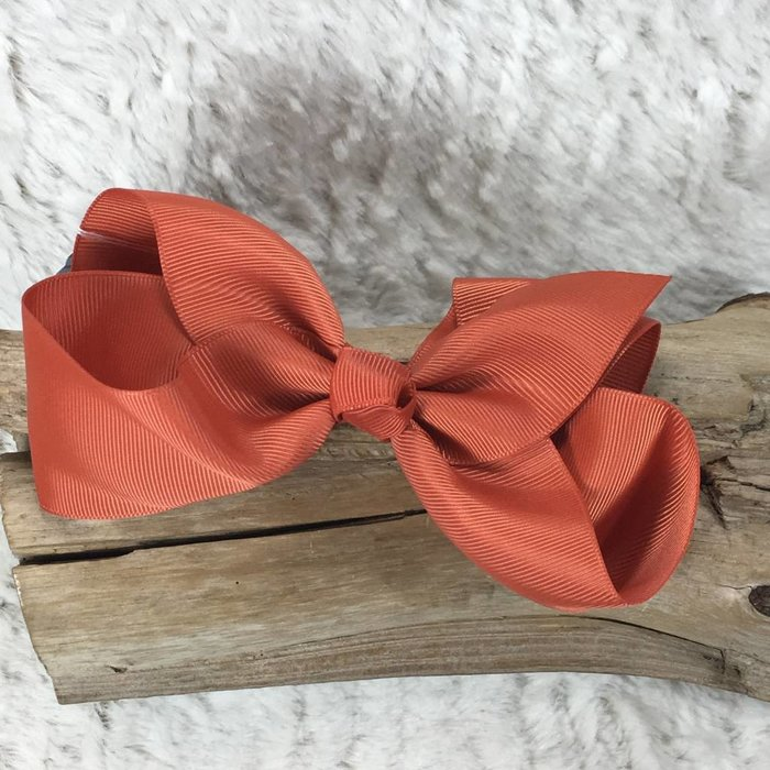 Medium Rust Bow