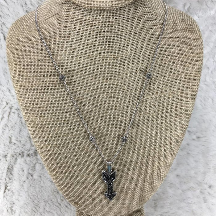 Charcoal Bling Arrow Necklace Set