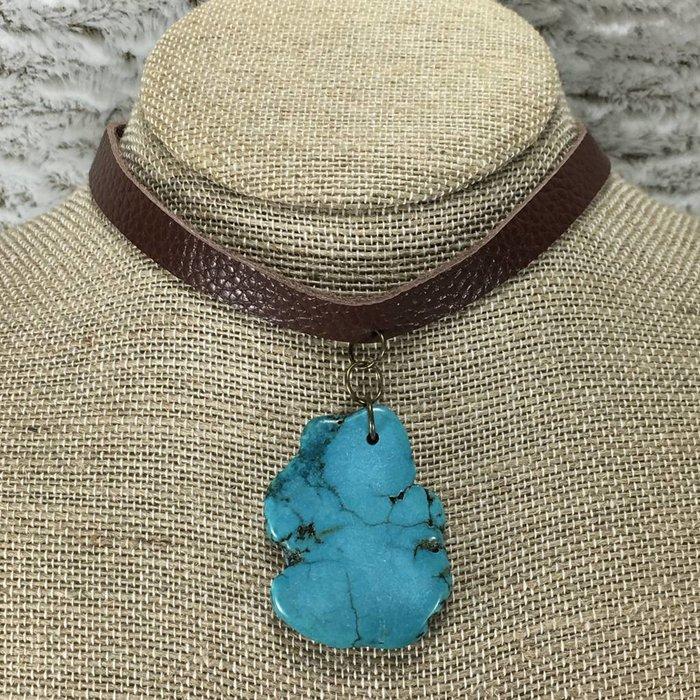 Turquoise Stone Brown Choker