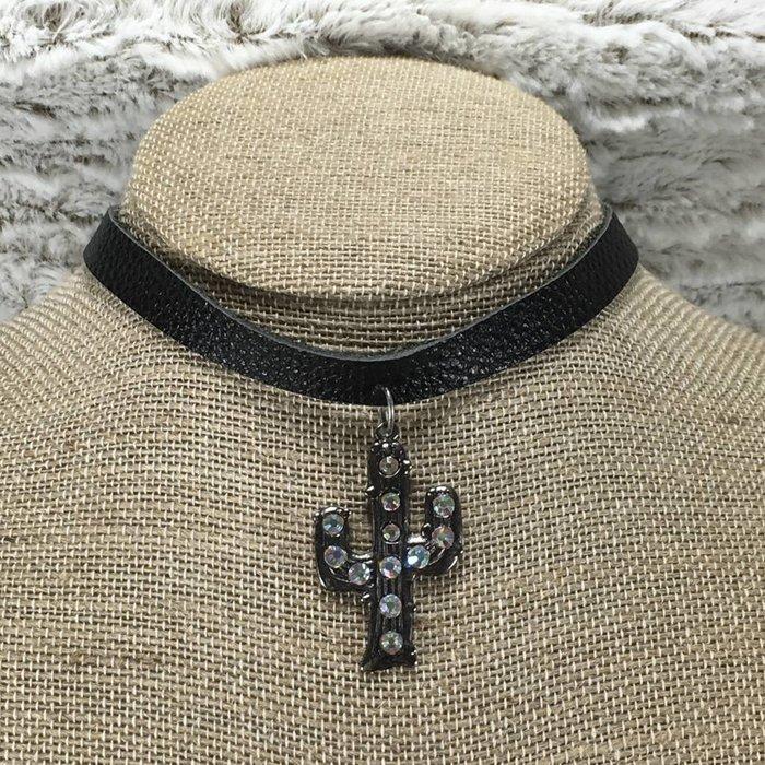 Cactus Black Leather Choker
