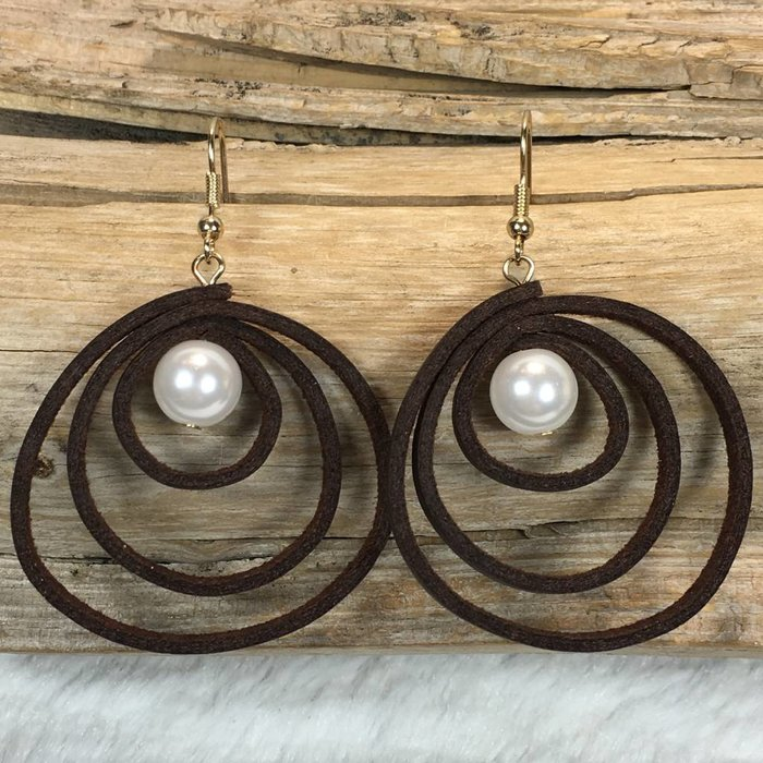 Dark Brown Leather Earrings with Pearl
