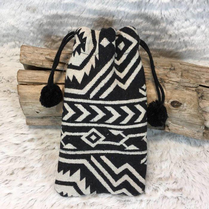 Tribal Sunglass Pouch - D