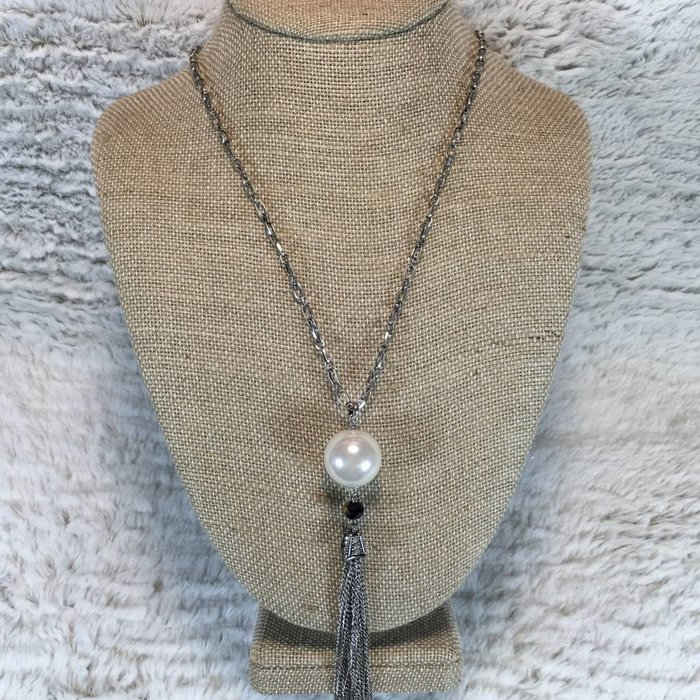 Silver Chain Tassel Necklace Set with Pearl