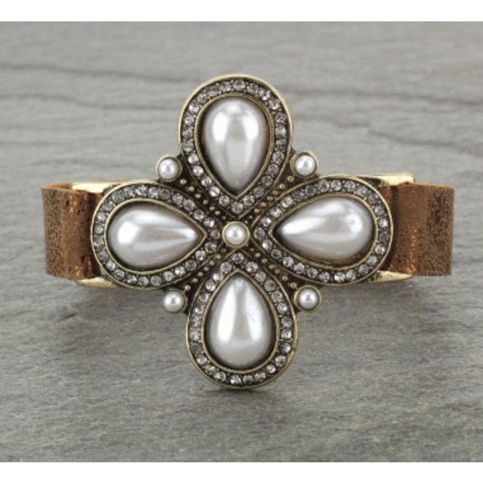 Pearl Medallion Snap Leather Bracelet