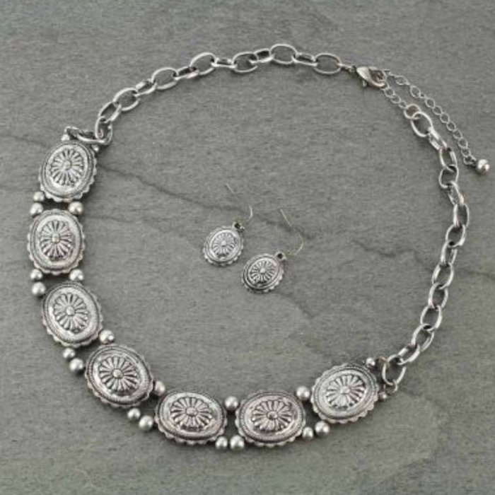 Silver Concho Choker Necklace Set