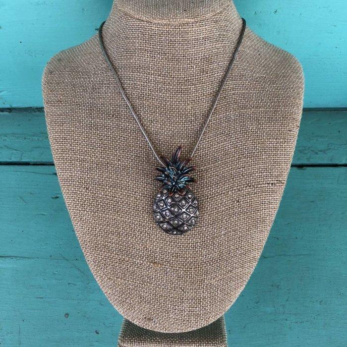 Burnish Silver & Patina Pineapple Necklace Set