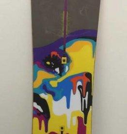 CONSIGN Women's Burton Lipstick Snowboard 149cm (no binding)
