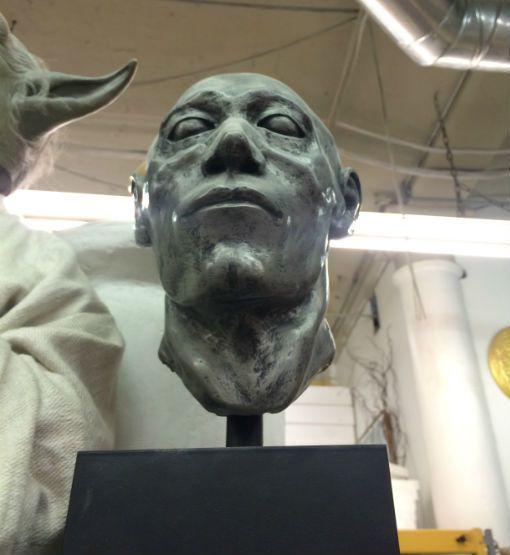 Sculpt Nouveau B Metal Coat Silver Gallon