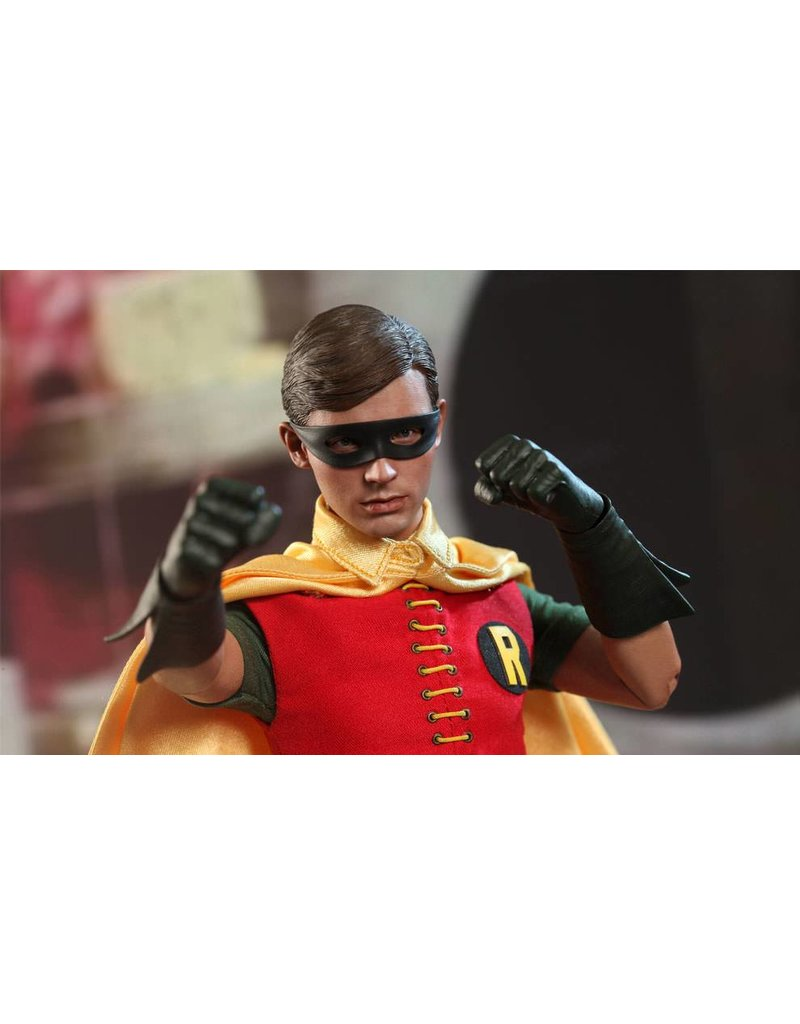 Sideshow Collectables Robin 1960's Version 11'' Figure