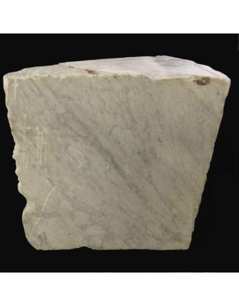Stone 1,730lb Carrara Bianco blue/gray 41x38x24 #341009