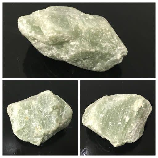 4lb Apple Green Soapstone 5x5x2 #021033