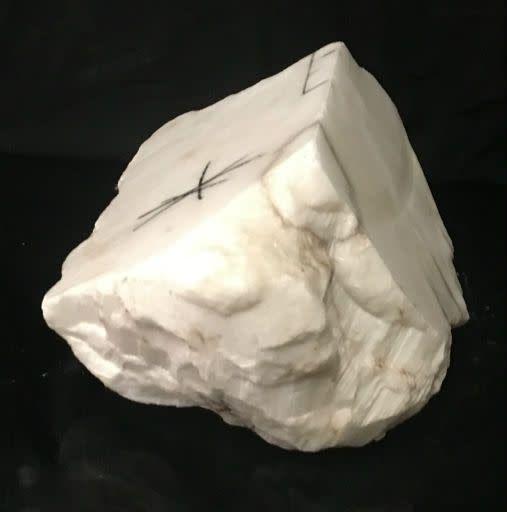 13lb Tirafsci's White Opaque Boulder 9x5x5 #111076